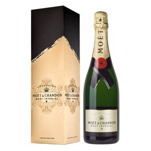 Moet et Chandon Imperial Brut Champagne with Signature Gift Box